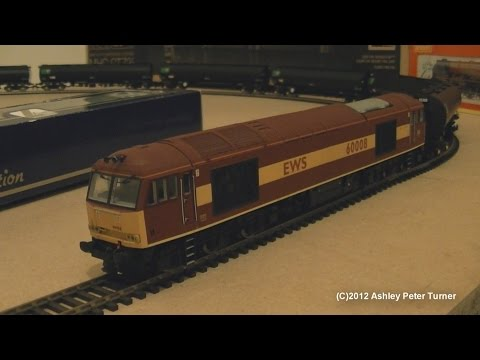 Hornby Class 60 Diesel Locomotive 60008 EWS Code 3 Repaint (OO Gauge) Review HD