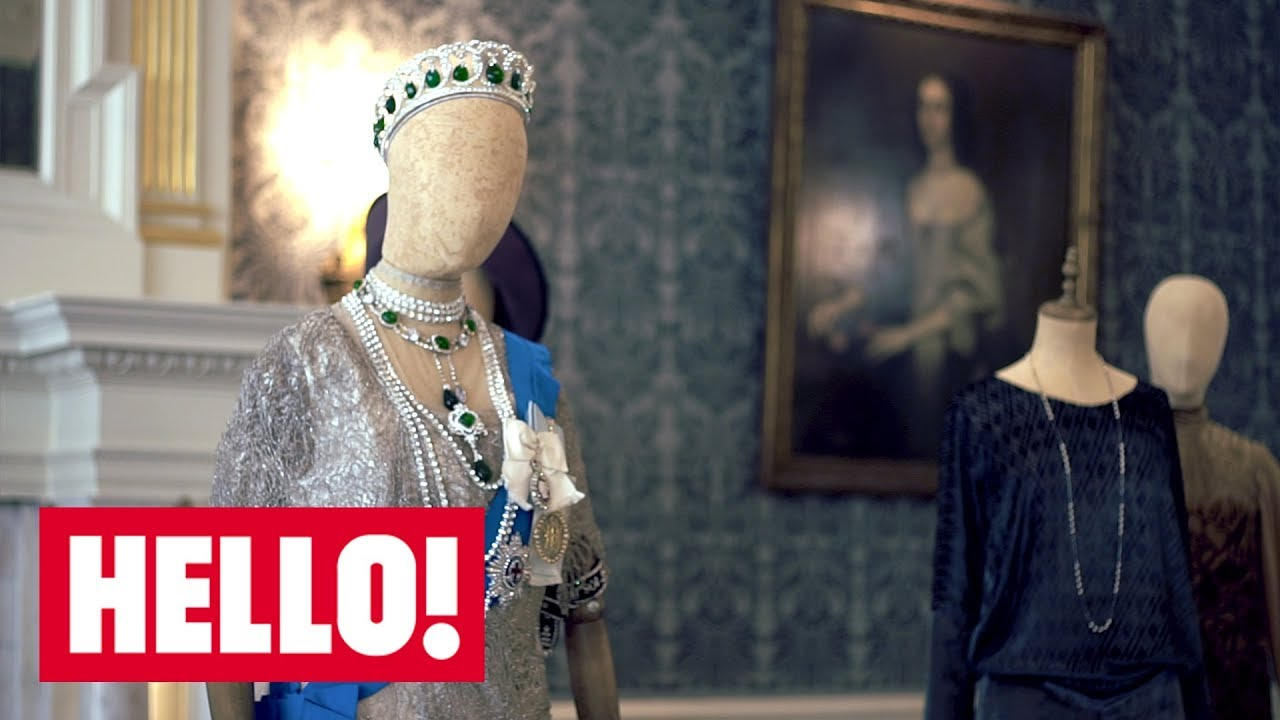 Downton Abbey S Fashion Designer Reveals Costume Casualties Missing Jewels And Why The Men Deserve More Credit Hello