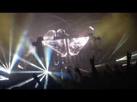 Avicii - Wake me up vs. Make My Heart (Avicii Replacer Mix) LIVE @ ODDERØYA 2013