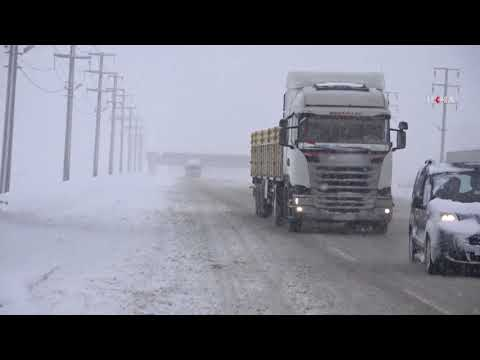 Snowfall in Turkiye's Bitlis: 174-village road closed