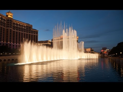 The Fountains Of Bellagio  - God Bless The USA (Lee Greenwood)