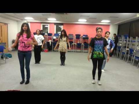 Megam Karukuthu Dance- QM