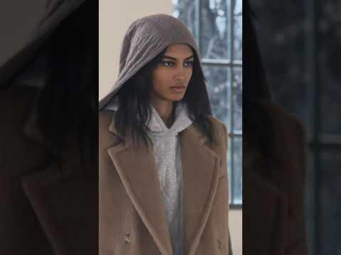 MaxMara Fashion Show Autunno-Inverno 2021-2022