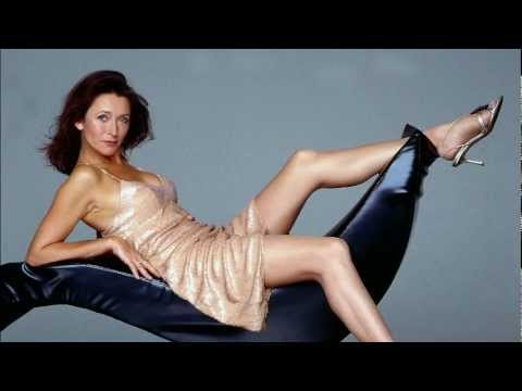 Cherie Lunghi GLORIOUS GUENEVERE