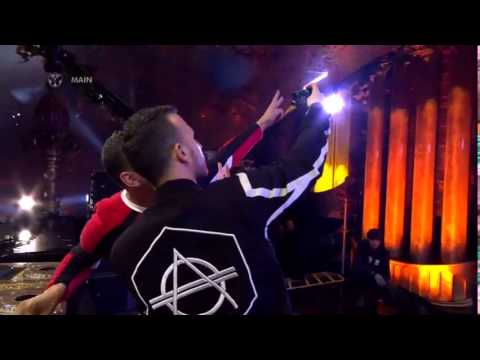Tiësto FT. Don Diablo - Chemicals (Live)