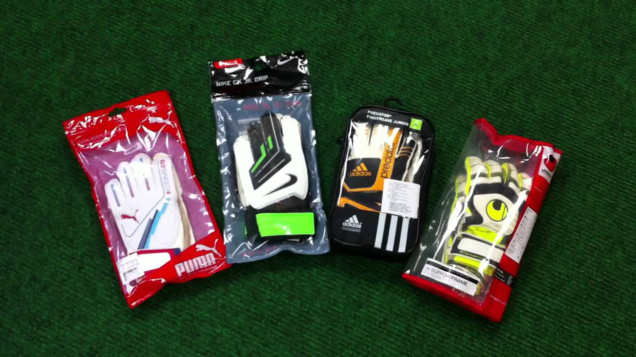 Junior Youth Goalkeeper Gloves Availabe At Vancouver Soccer Store