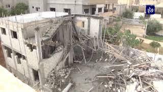 3 اصابات بانهيار جزء من مبنى سكني قيد الانشاء في منطقة خريبة السوق
