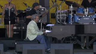 Allen Toussaint at the 2007 New Orleans Jazz & Heritage Festival