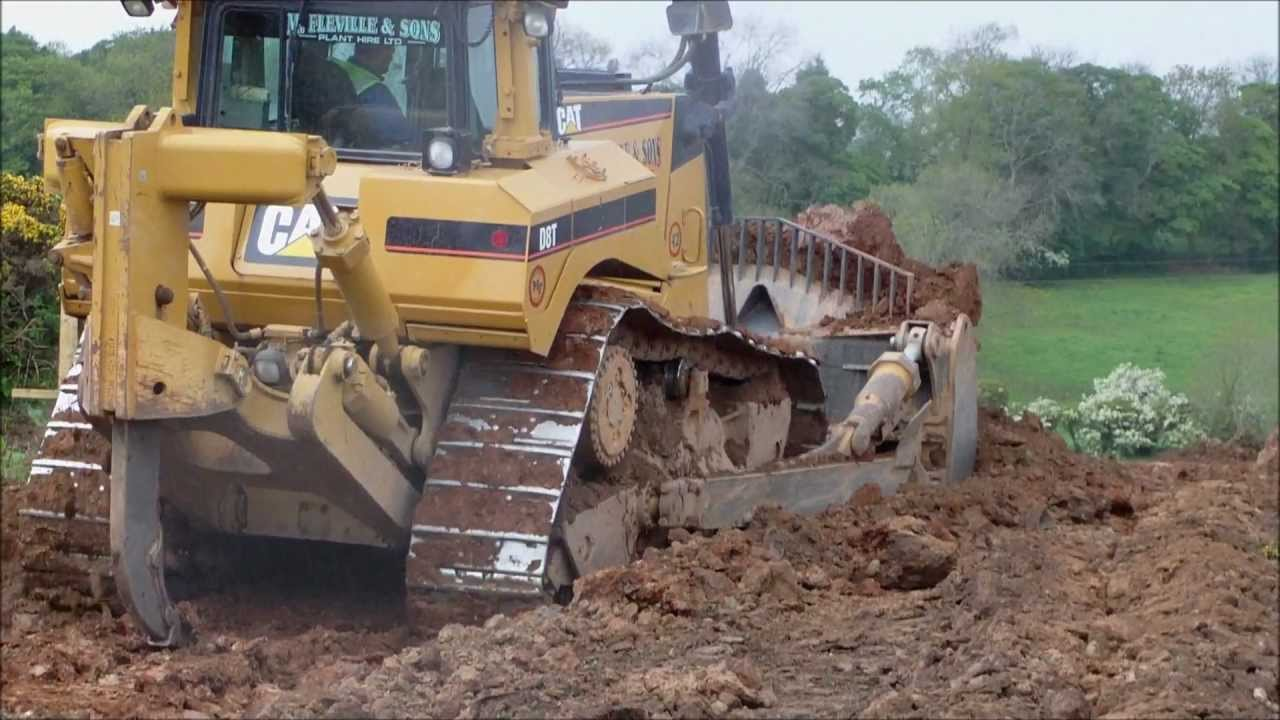 39c5fc933 CATERPILLAR D8 T BULLDOZER - YouTube