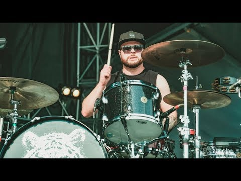 Royal Blood -  Little Monster + Hook, Line & Sinker (Lollapalooza 2017)