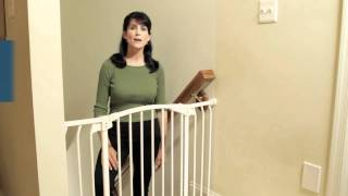 Child Safety Tip - Dreambaby Swing Gate