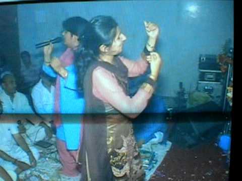 mukut sir mor ka (bhajan)sung by pallavi dutta!