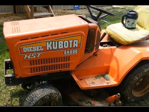 How to Roll Black Smoke With a Kubota Diesel Riding Lawn Mower Rolling Coal