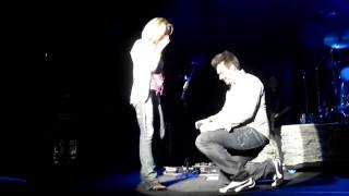 Jay Proposes ON STAGE at Goo Goo Dolls!