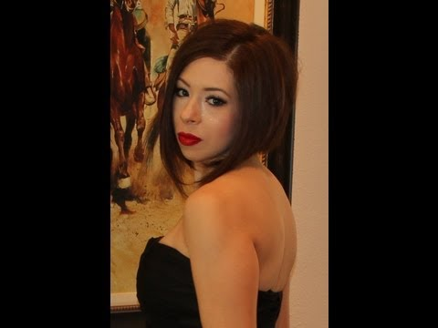 Classic Winged Eyes & Red Lips Tutorial using Chanel's Fantasme
