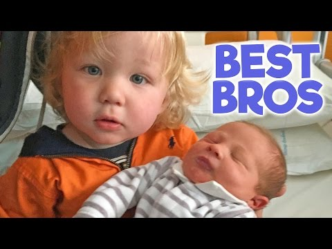 SIBLINGS MEET BABY BROTHER - for the First Time!