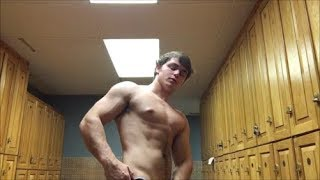 Jamie Tyler Oils Him Self Flexes His Sexy And Full Pecs For You