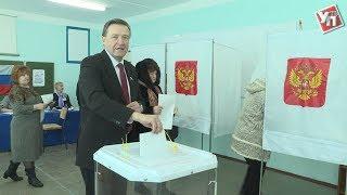 Сергей Рябухин взял открепительный, чтобы проголосовать в поселке Колхозный