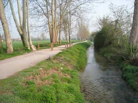 Beautiful walking path near Verona, Italy - April 2009