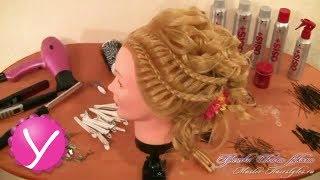 Прическа в греческом стиле с локонами и косами