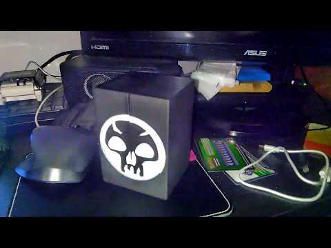 3d printed CCG Box with magnetic locks (MTG: Black, EDH)