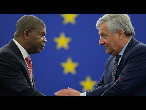 Presidente de Angola discursa em Parlamento Europeu