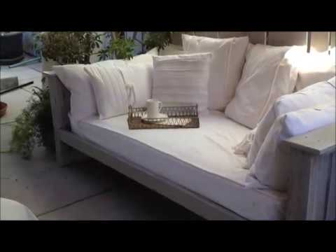 Outdoor Daybed Handmade from Pallets & Reclaimed Wood - Outdoor Daybed Handmade From Pallets & Reclaimed Wood - YouTube