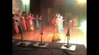 """Kiti sangumi sangu kunala"" performed by the beginners of Ravindra Kala Vidyalaya"