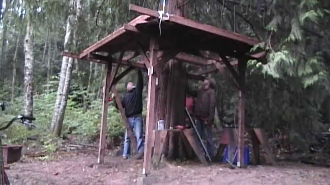 How To Build A Treehouse In 10 Minutes Youtube