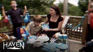 Haven: Darkside Seekers Exhibit 25x   Season 4   Syfy