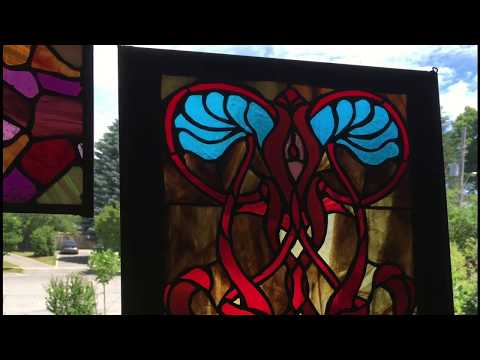Artist Anik qualia. Stained glass vintage ideas, art nouveau.