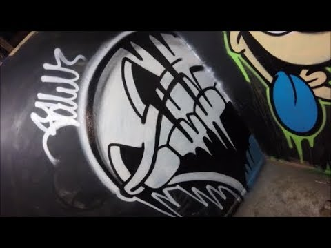 Spray Painting A Graffiti Character / Real Time Footage #5