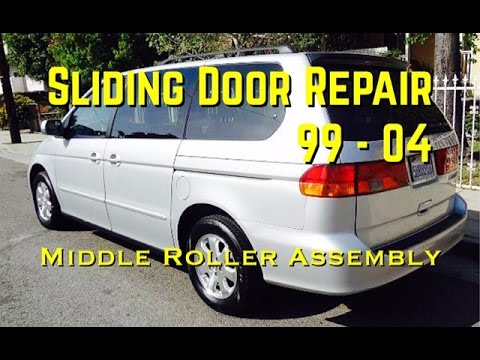 99 04 Odyssey Sliding Door Repair Middle Roller Assembly Honda Odyssey Sliding Door Diy Youtube
