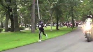 Bezoek www.losseveter.nl : Race footage 10k WR 26:44 Leonard Komon