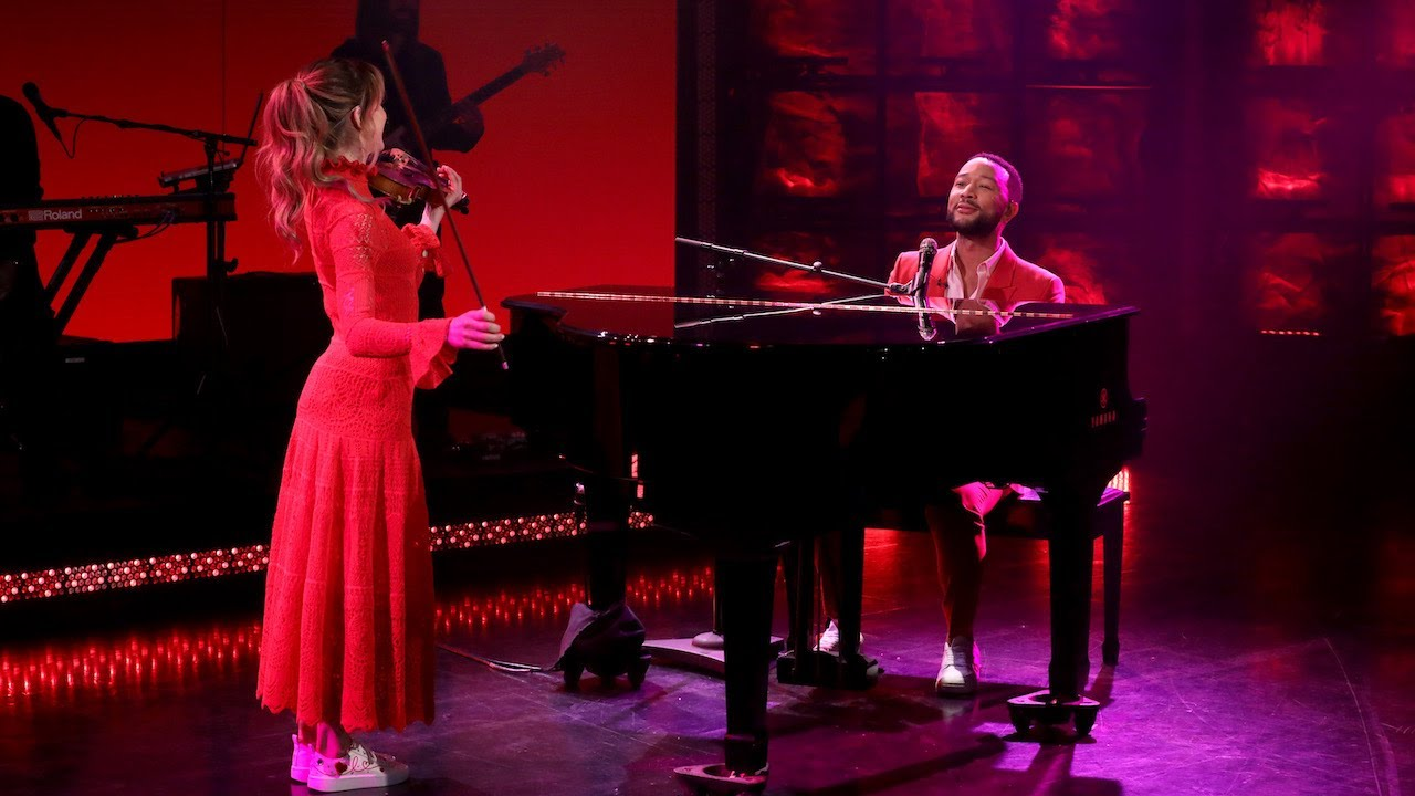 Download John Legend Performs 'Conversations in the Dark' ft. Lindsey Stirling