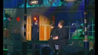 Garou, Serge Lama et Hélène Segara - Amsterdam (Les Enfoires 2002)
