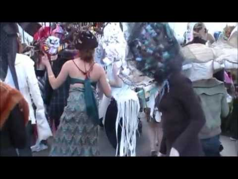 Kansas City Art Institute - Day of The Dead Parade .mp4