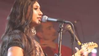 Tritha - Nizamuddin (live in Paris)
