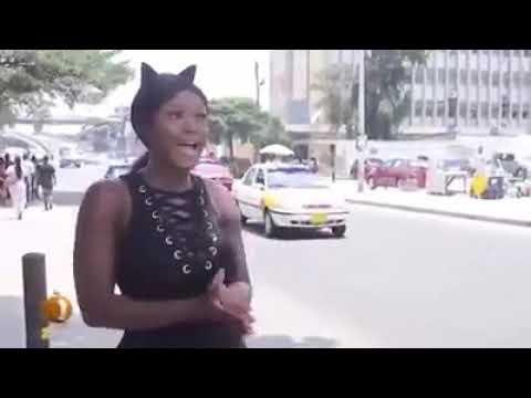Big booty lady Hawks water in Lagos thumbnail