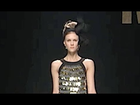 MOSCHINO Fall 2012 2013 Milan - Fashion Channel