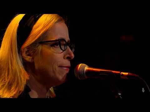 Laura Veirs - Wide-Eyed, Legless (Live on eTown)