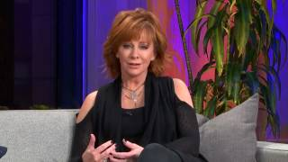 Reba McEntire live video from Facebook NY talking about new album