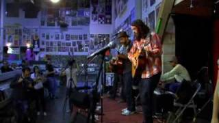 Tunng live at Amoeba on the November 7th 2007