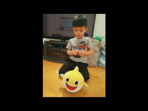 Baby Shark Singing & Dancing Doll Toy Unboxing! - YouTube