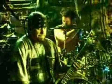 KoRn- Got The Life LIVE at CBGB'S