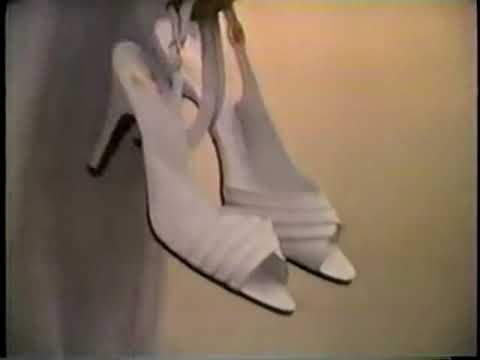 Kinney ad w/Cathy Lee Crosby, 1982