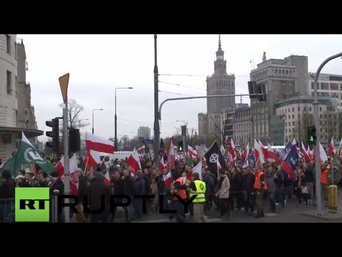 Poland: Thousands of nationalists march against refugees in Warsaw
