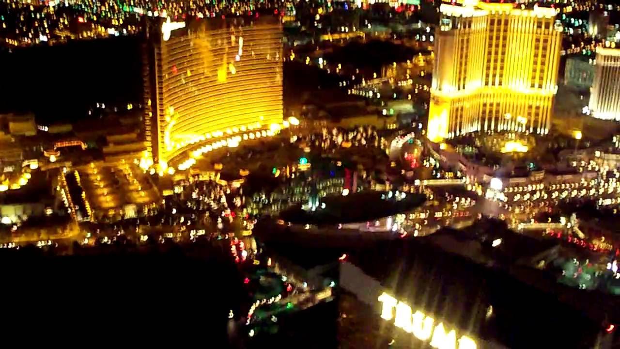 Flamingo hotel las vegas bei nacht aus dem heliopter - Las Vegas Grand Canyon Hubschrauberrundflug Ber Den Westrand Mit Zwischenlandung