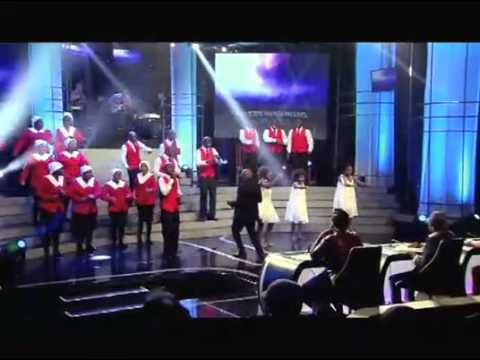 Clash Of The Choirs S2 - Ep9 TeamRobbie fell in love with Jesus