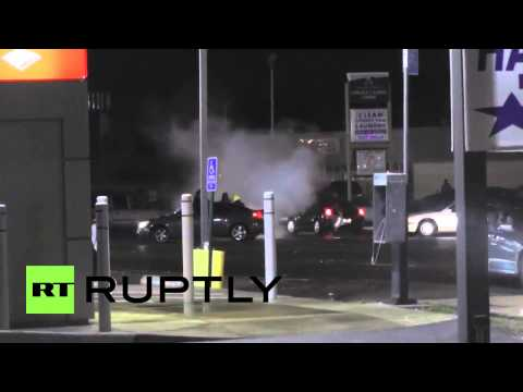 New wave of riots, looting in Ferguson, MO